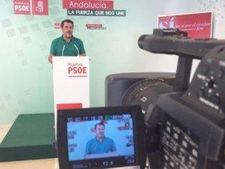 """Jesús Ferrera ha pedido en rueda de prensa a Rajoy que """"comience a gobernar"""""""