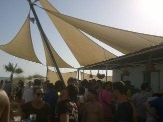 Uno de los asuntos abordados por González en Madrid ha sido el de la concesión de chiringuitos en la playa de La Antilla