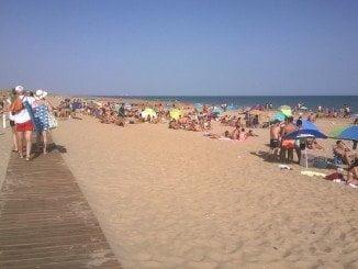 Las aguas de las playas andaluzas, magníficas para el baño
