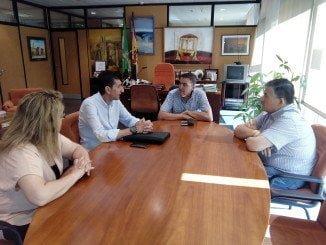 Encuentro institucional entre UGT y delegado de Educación en Huelva