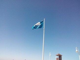 La bandera azul de Islantilla signo de su calidad