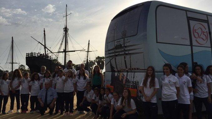 El autobús del Sporting Huelva llevará el evento del Encuentro entre dos Mundos por toda Eepaña