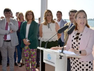 Ana Pastor, en la inauguración del Paseo de la Ría de Huelva
