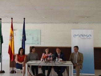 Firma del acuerdo Fundación Endesa y Consejería pra la iluminación de Medina Azahara