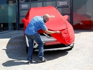 La entrega del vehículo se realizó en Barcelona, a través de las plataformas digitales Periscope y Twitter