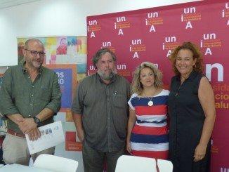 Yolanda Pelayo junto a James Fernández en la presentación del curso
