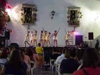 Magnificas las actuaciones en el patio de la Jabonría