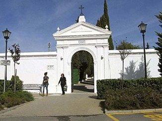 El cadáver fue hallado detrás del cementerio de Lepe