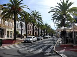 El ayuntamiento de Lepe arregla numerosas calles del municipio y de la playa