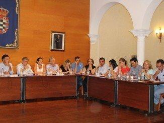 Sesión plenaria para aprobar las nuevas cuentas del municipio moguereño