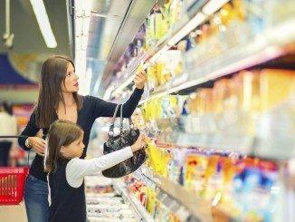 Los nuevos hábitos de consumo, reflejados en un informe del CES