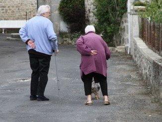 La capital cuenta con 24.500 personas mayores de 65 años, un 16,7% de su población total