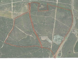 En la fotografía aérea, el perímetro marcado donde irá el nuevo proyecto agrícola