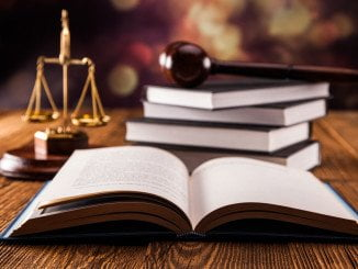 La fecha en las oposiciones de Justicia se ha pospuesto en varias ocasiones y cada vez hay más y más instancias de opositores