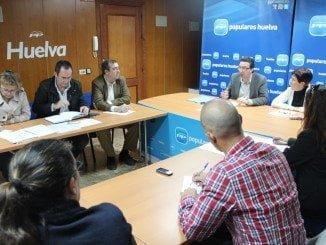 El PP ya alertó de los problemas que acarrería la fusión hospitalaria en Huelva, si bien el problema de la listas de espera ya existia