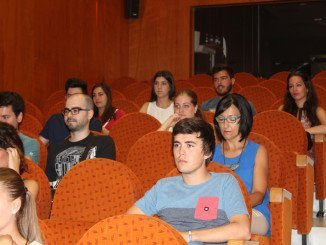 Los estudiantes han sido recibidos en el Ayuntamiento palermo por la concejala de Juventud