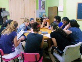 Las mujeres en riesgo de exclusión social pueden solicitar las ayudas que han salido publicadas en el BOJA