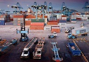 Contenedores en el puerto de Algeciras