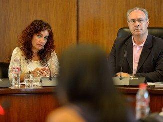 La consejera de Hacienda y Administración Pública, María Jesús Montero, interviene ante la Diputación Permanente del Parlamento Andaluz