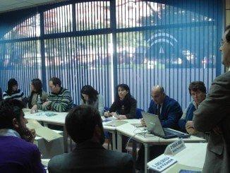 Asistentes a una de las jornadas celebradas en el CADE de Huelva