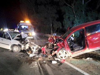 Estado en el que quedaron los dos vehículos tras la colisión