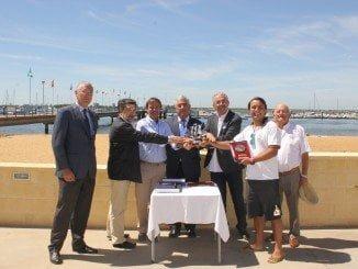 Homenaje a los primeros onubenses que ganan la Copa del Rey de Vela