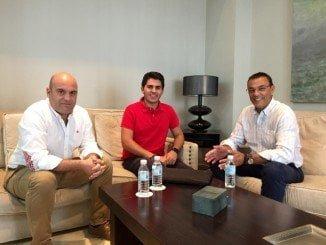 El presidente de la Diputación de Huelva se reúne con el joven investigador de Cartaya.
