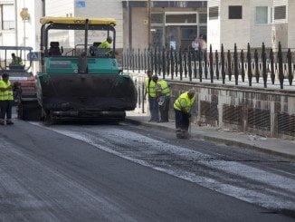 El Plan de Asfaltado se inicia mañana 22 de agosto en la avenida de las Fuerzas Armadas en Huelva