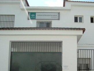 Fachada del IES San Antonio