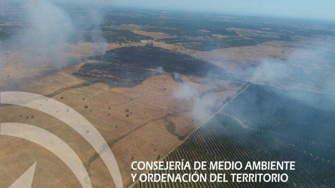 Imagen aérea del incendio en Villablanca