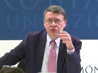 Jordi Sevilla es el responsable del programa económico del PSOE