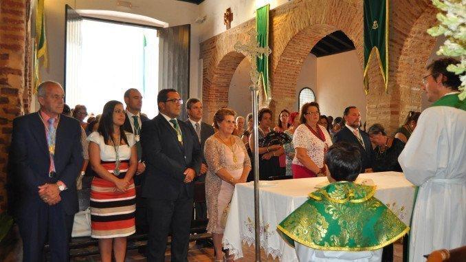 Imagen retrospectiva de la misa de las fiestas patronales de La Redondela
