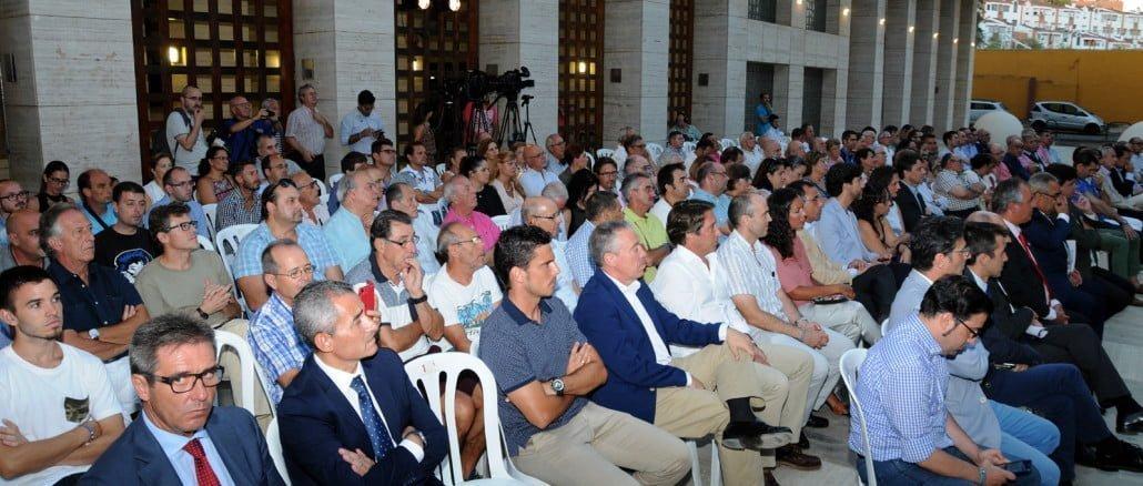 El público asistió entusiasmado al pregón de Nacho Ruiz