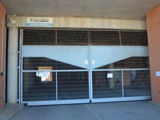 Ningún accionista se ha presentado en las instalaciones del Recre, cerradas toda la mañana