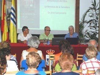 Numeroso público quiso asistir al encuentro cultural