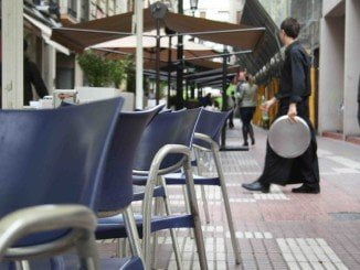 La herida se encontraba desayunando en un bar cuando ocurrió el accidente