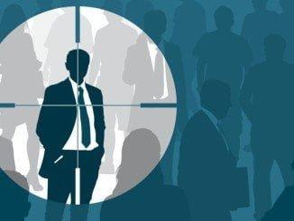 El headhunter busca el mejor candidato a las órdenes de su cliente