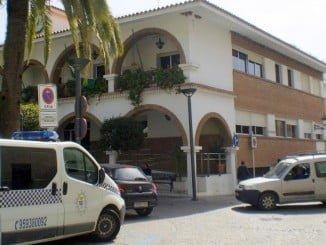 Hay un funcionario del Ayuntamiento de Lepe suspendido de empleo y sueldo y  la Guardia Civil busca conocer qué se hacia con la imágenes grabadas de mujeres.
