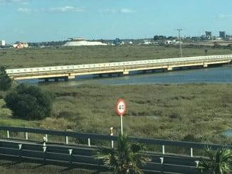 Una marea viva, con alto coeficiente, en la ría de Huelva cogió a un pescador desprevenido hasta producir su ahogamiento.