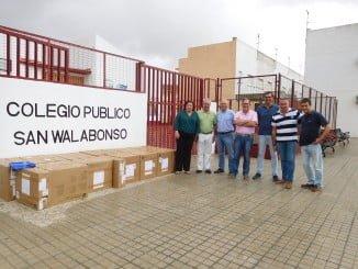 """El donativo beneficia al colegio de San Walabonso y al centro de mayores """"Club Raíces"""""""