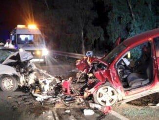 Imagen de una colisión frontal en Almonte
