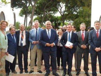 Autoridades asistentes a las Jornadas de Postgrado de Iberoamérica en la UNIA.