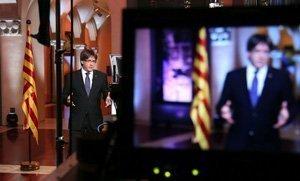 El presidente de la Generalitat, Carles Puigdemont, ha afirmado que tiene previsto plantear un referéndum pactado con el Estado.