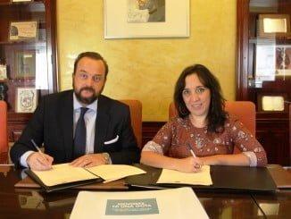 Alicia Narciso y Bosco Torremocha han firmado un convenio de colaboración