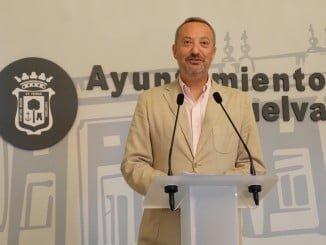 Manuel Gómez Márquez ha explicado en rueda de prensa los puntos que mañana se verán en el pleno ordinario