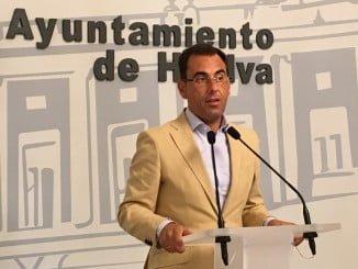 Ángel Sánchez recuerda a Cruz que los acuerdos plenarios están para cumplirlos, no para guardarlos en un cajón
