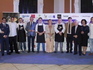 Foto de familia de todos los que han apoyado la iniciativa de AFA en este año.
