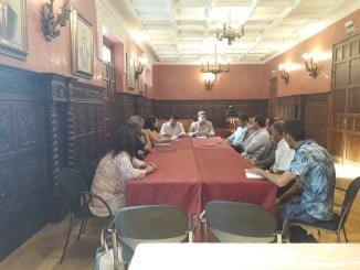 Los sectores implicados en el turismo de Ayamonte se reunieron con el alcalde de la localidad
