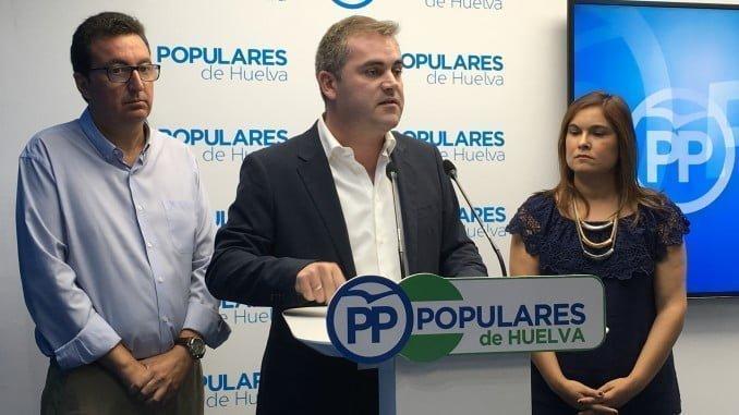 El PP de Bollullos está dispuesto a hacer lo posible para quitar la alcaldía al PSOE si no cumplen con su compromiso de construir el CHARE en ese localidad