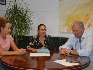 La alcaldesa explica el proyecto a la Unión de Pequeños Agricultores (UPA)